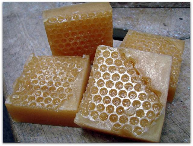 honey-comb-soap-bar