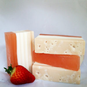 strawberry-cheesecake-soap